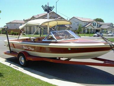 1983 Malibu Skier Ski Boat before makeover by James Boat Repair